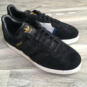 Adidas Gold And Black Gazelle sneakers 7.5